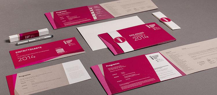 Einladungen im Corporate Design für den Deutschen Gründerpreis. Foto: SHORT CUTS GmbH